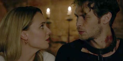 Cami Gives Klaus Important Advice in New 'Originals