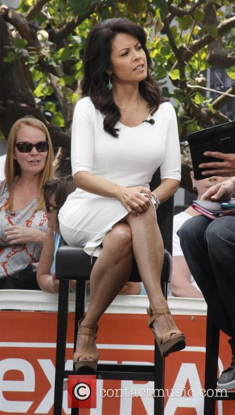 Loni Coombs - Celebrities at The Grove for television show
