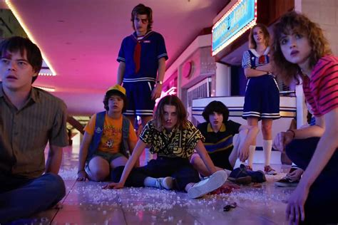"""The first official """"Stranger Things"""" Season 3 trailer – HUH"""