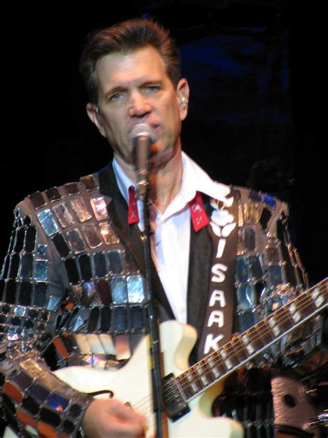 Minty And The Beeb Go Gigging: CHRIS ISAAK