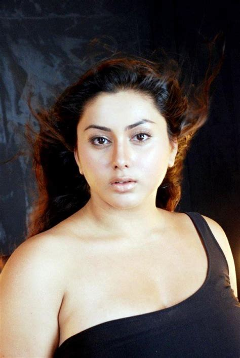 Fat South Indian Actresses « Latest Actress Dresses And