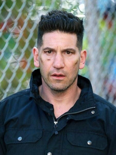 Frank Castle Takes On Some Goons In New Punisher Season 2
