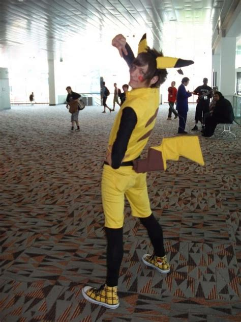 20 Of The Most Hilarious Cosplay Costumes Ever - Page 2 of 5